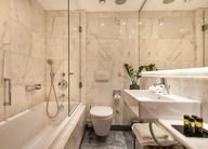 Standard_Room_Bathroom